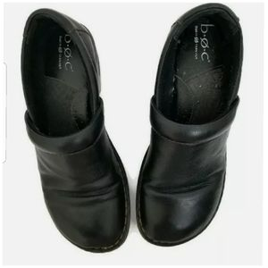 B.O.C Born Peggy Clogs Size 8 Black Grain Leather